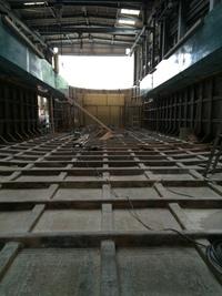 0506建造中・28m箱船