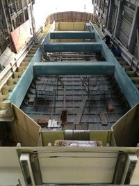 0514建造中・28m箱船
