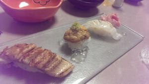 穴子、赤ウニ、クエの炙りとまた絶品