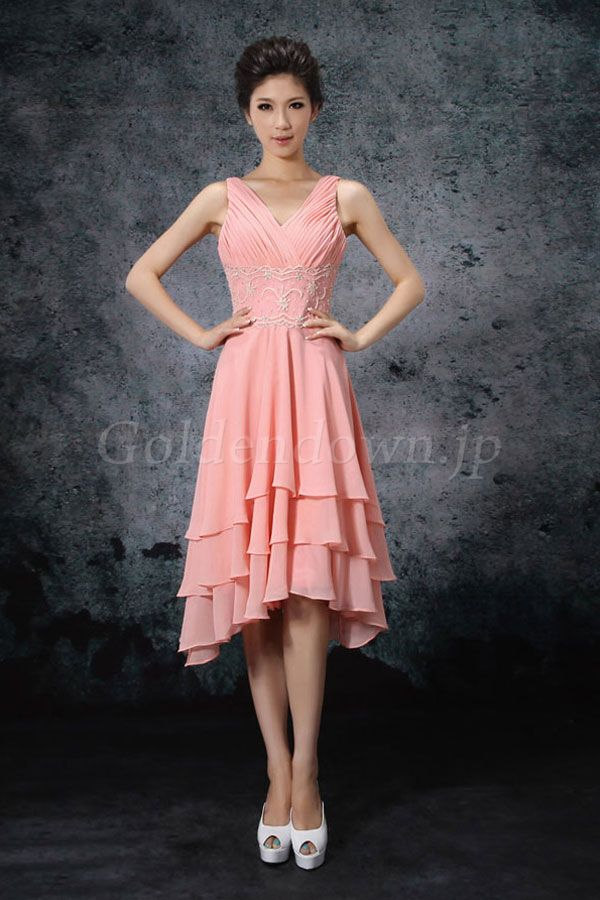 人気のホルターネックドレスに似合う髪型