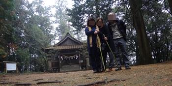 古びた感じの神社でした。地域の方が大事にされている感じ。